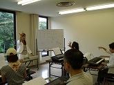 趣味ピアノ中高年レッスンの教室風景・作品