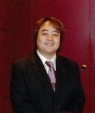 大美賀勝之のカラオケ教室の講師